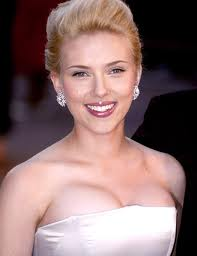 Young Sybil: Scarlett Johansson, I think she could pull off Sybil's high spirited independent character and do Sybil's hairstyles justice.