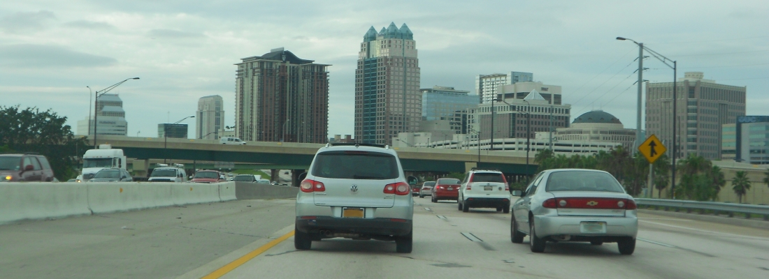Orlando,_Florida_-_Downtown_from_I-4_East